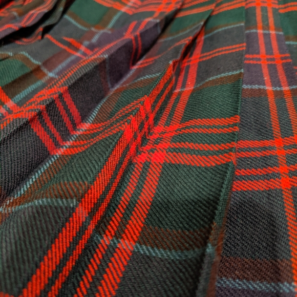 Aljean of Canada Dresses & Skirts - Pure wool tartan skirt